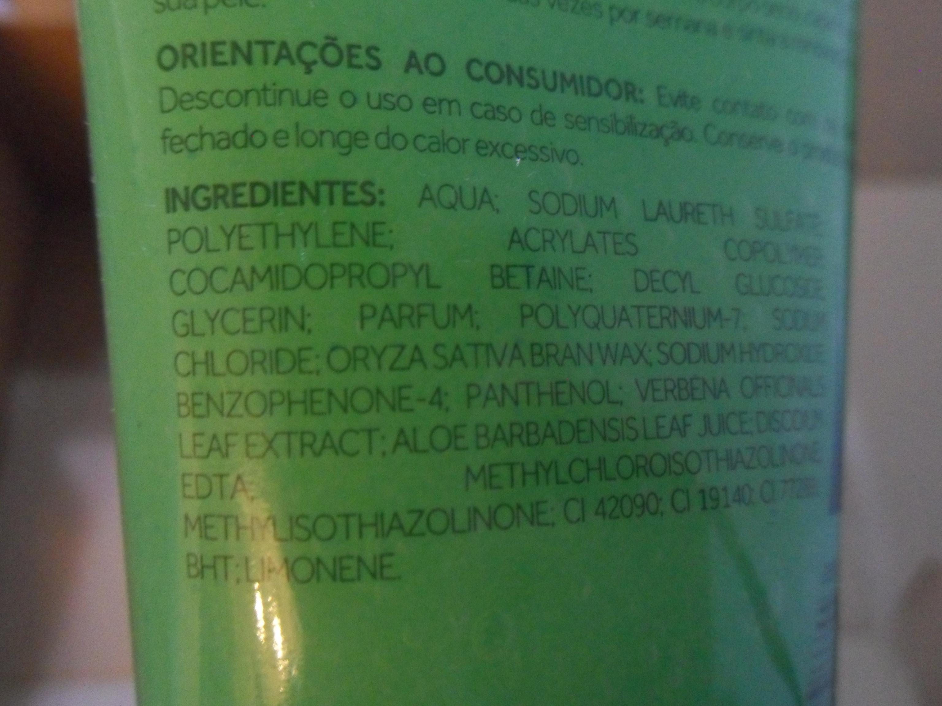 Exemplo de foto com detalhe dos ingredientes, evidenciando a presença de Polyethylene. Foto: Patrícia Louro